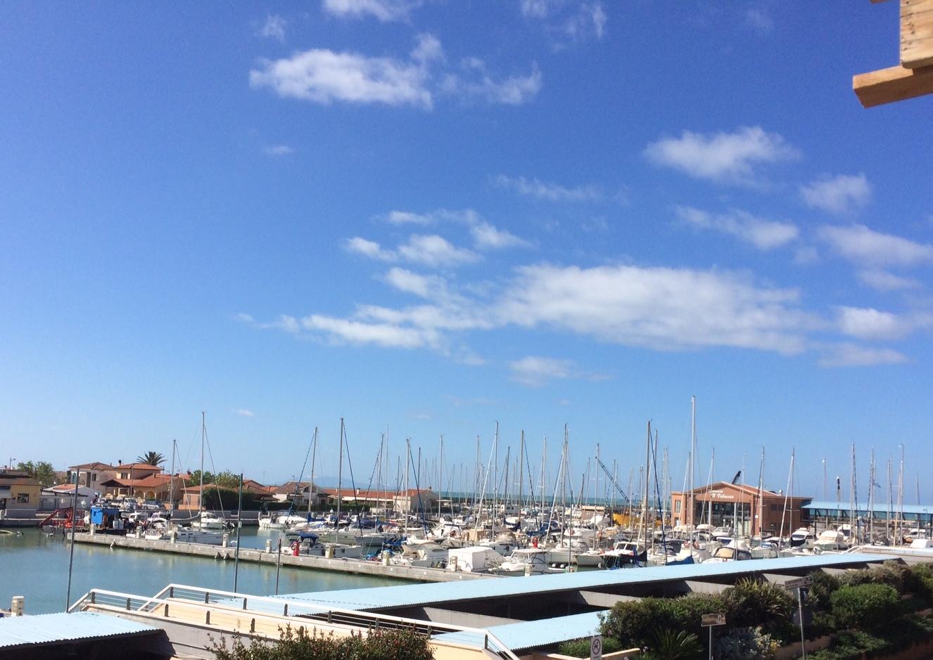 Appartamenti bilocali vicino al mare agenzia immobiliare for Appartamenti barcellona vicino al mare